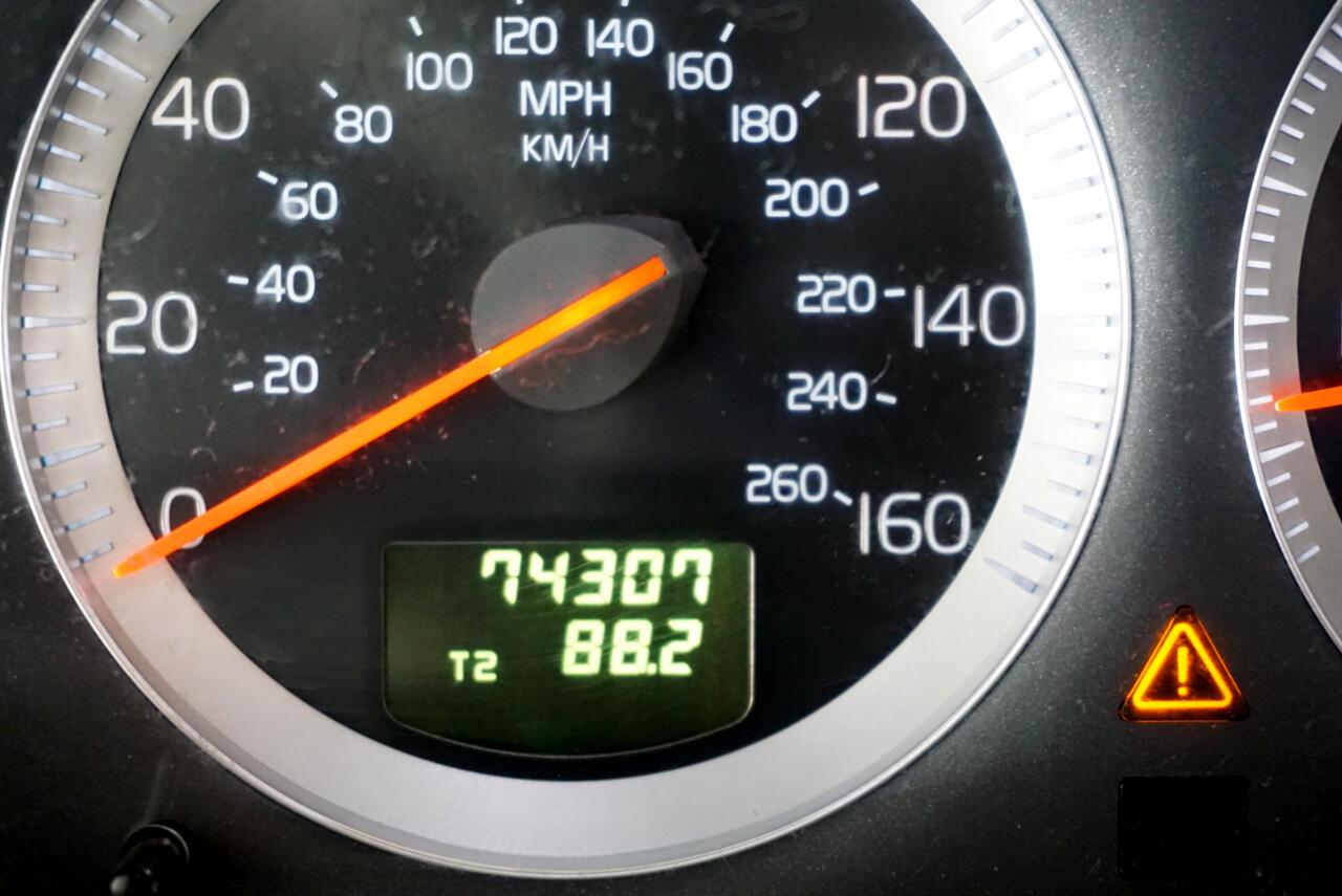 2011 Volvo XC90 AWD 4dr I6