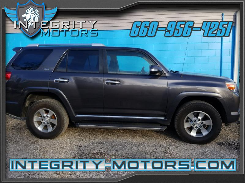 2011 Toyota 4Runner 4dr SR5 3.4L Auto 4WD