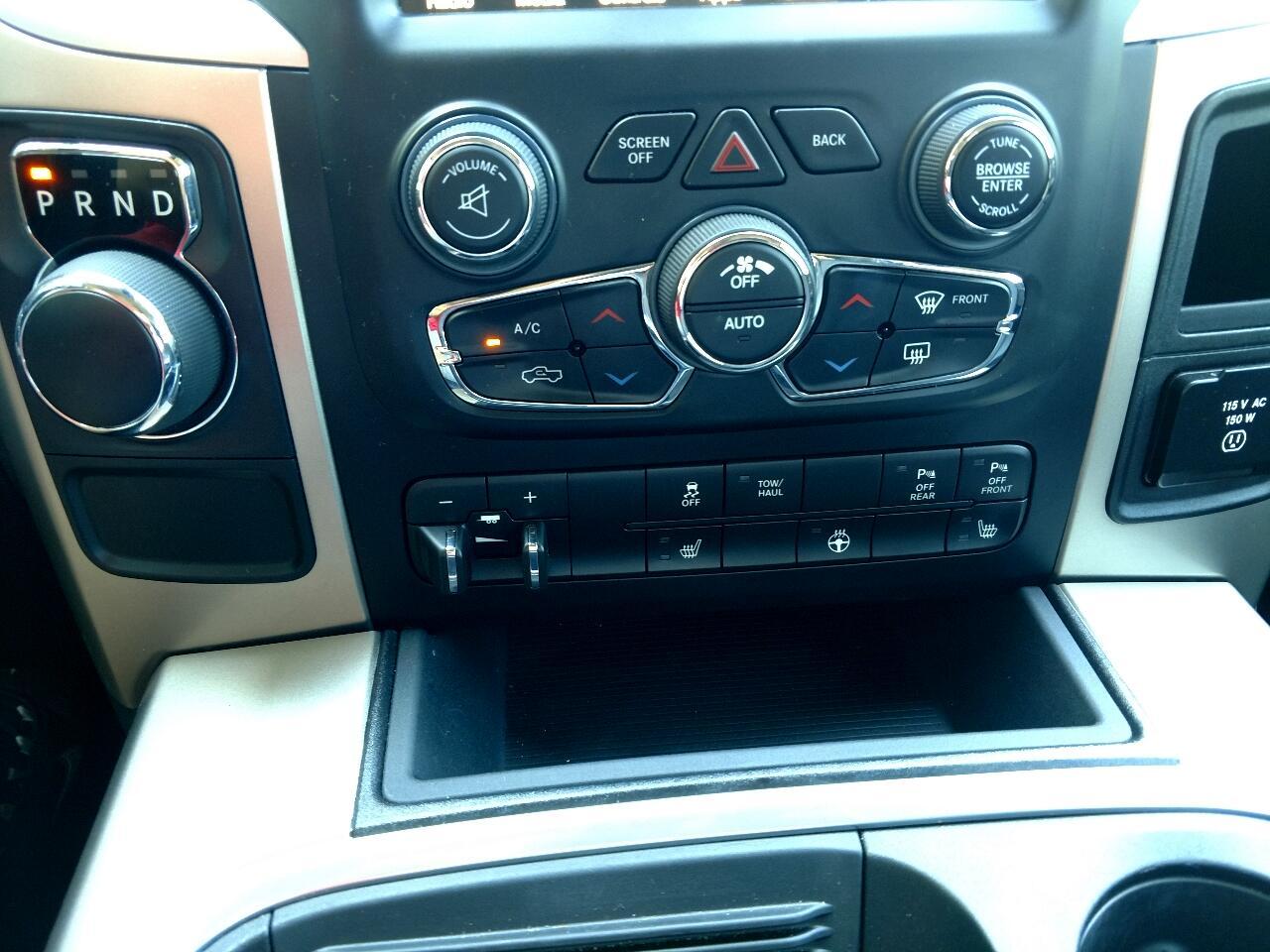 "RAM 1500 2WD Crew Cab 140.5"" Big Horn 2016"