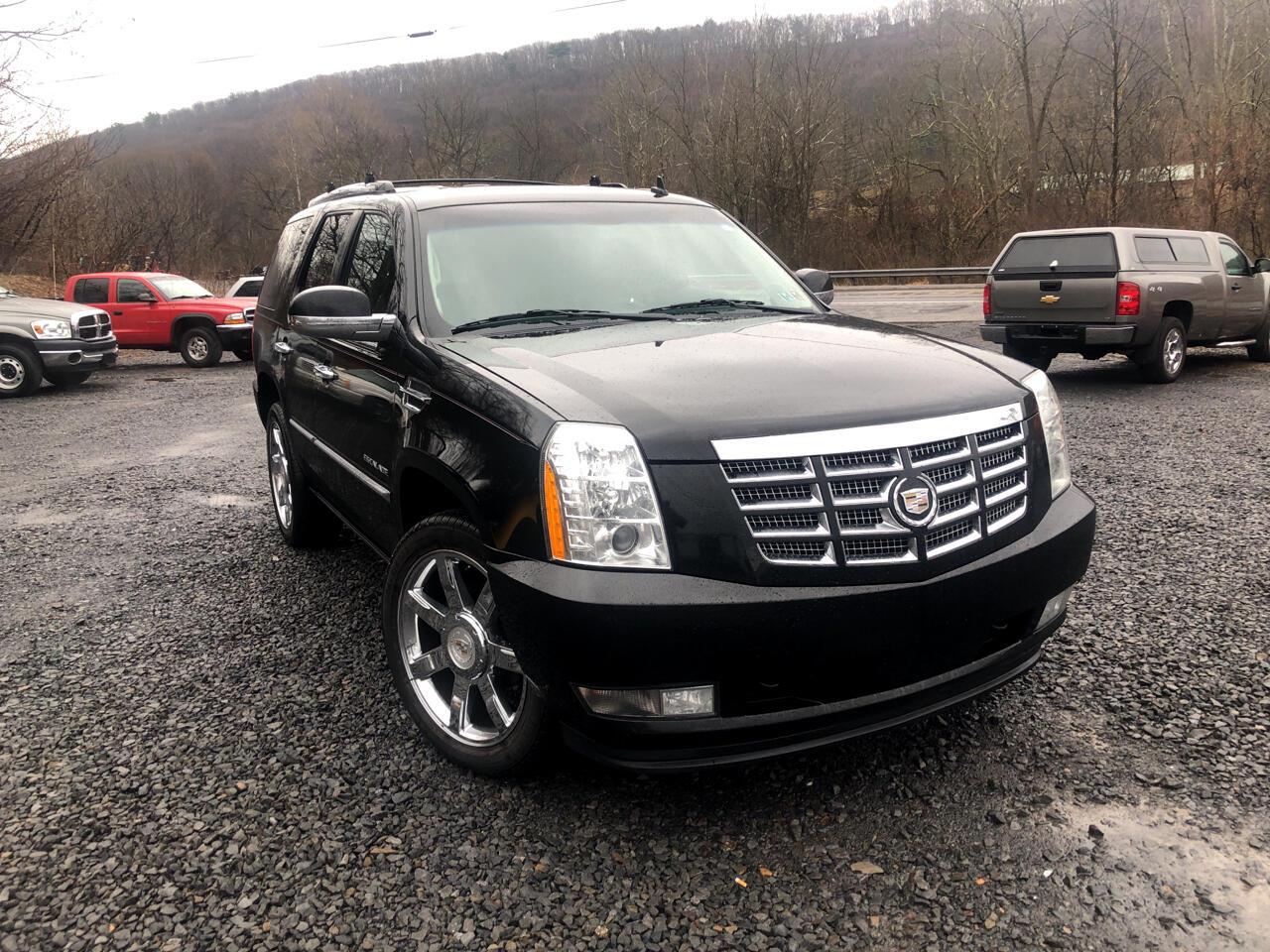 Cadillac Escalade AWD Premium 2011