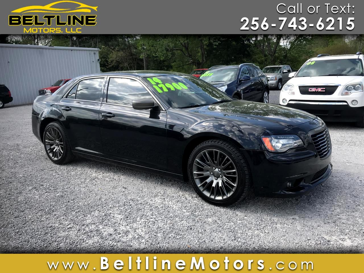 Chrysler 300 4dr Sdn 300C John Varvatos Limited Edition RWD 2014