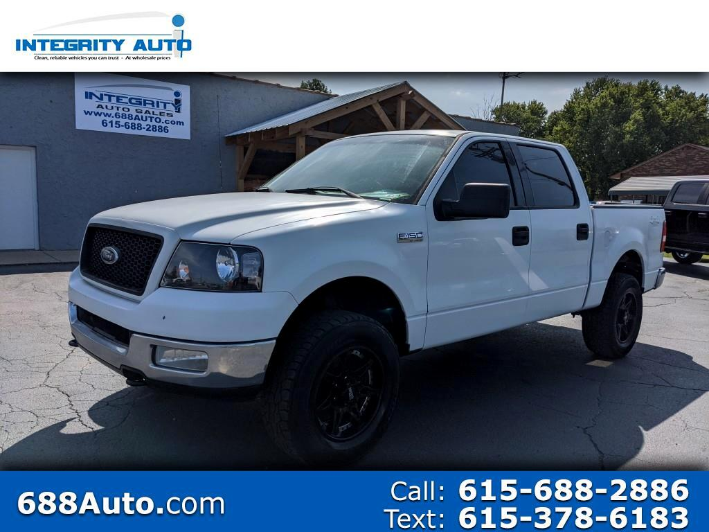 "Ford F-150 SuperCrew Crew Cab 139"" XLT 4WD 2004"