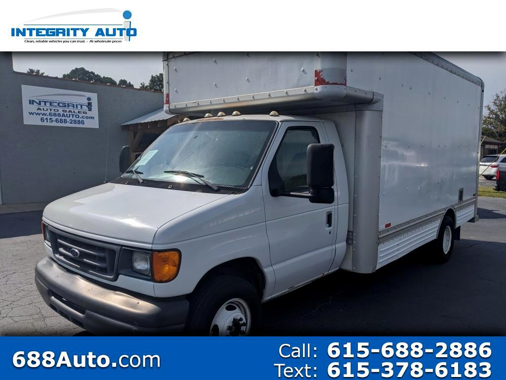 "Ford Econoline Commercial Cutaway E-450 Super Duty 158"" DRW 2007"