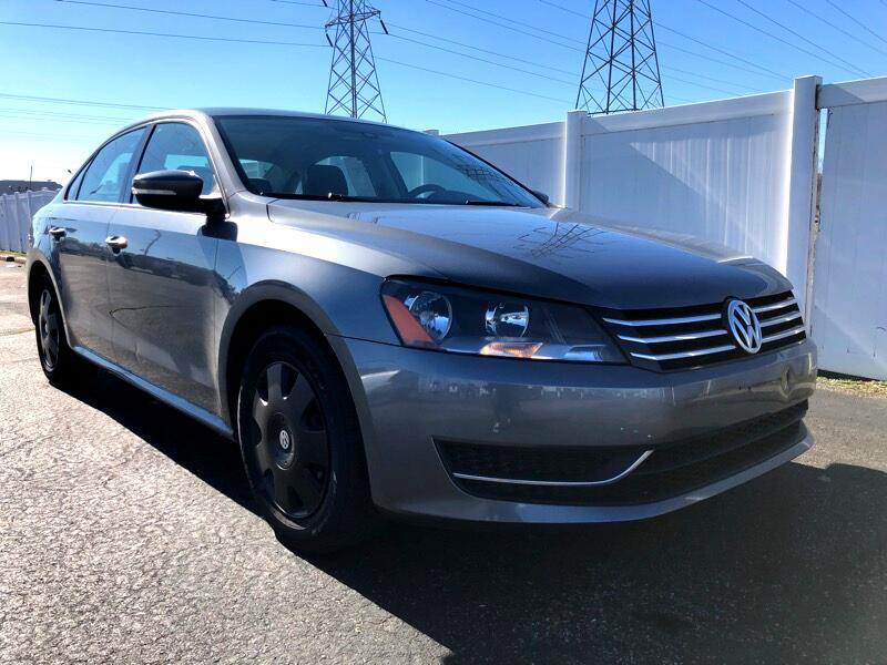 2015 Volkswagen Passat 1.8T SE Auto