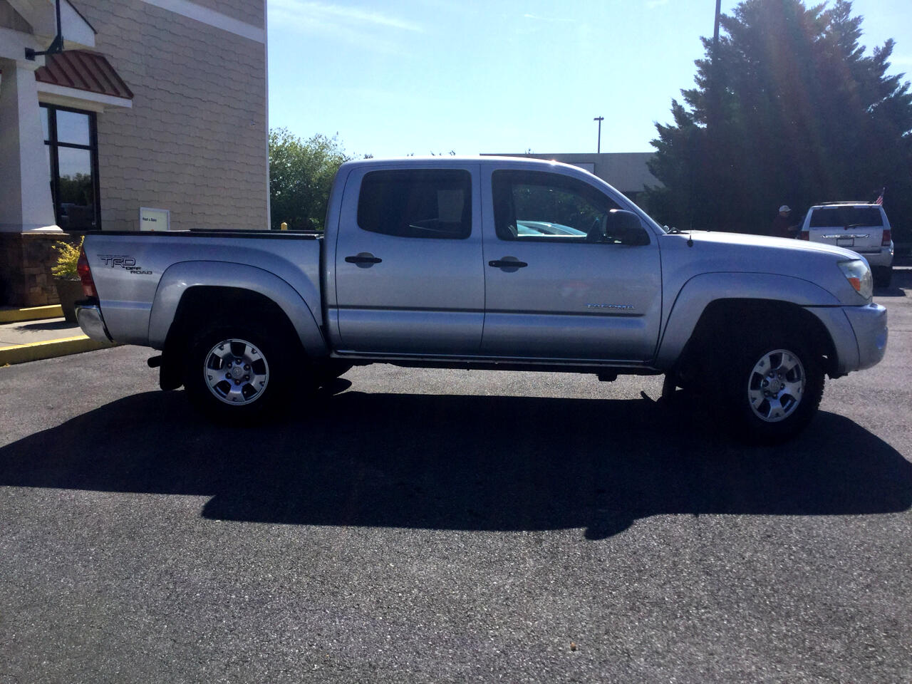 2007 Toyota Tacoma 4WD TRD Sport Double Cab 6' Bed V6 AT (Natl)