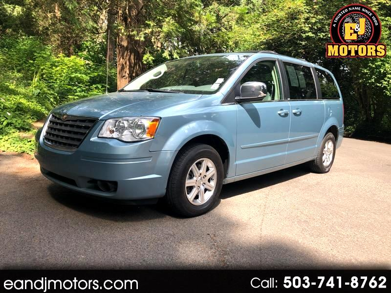 2008 Chrysler Town and Country Limited FWD