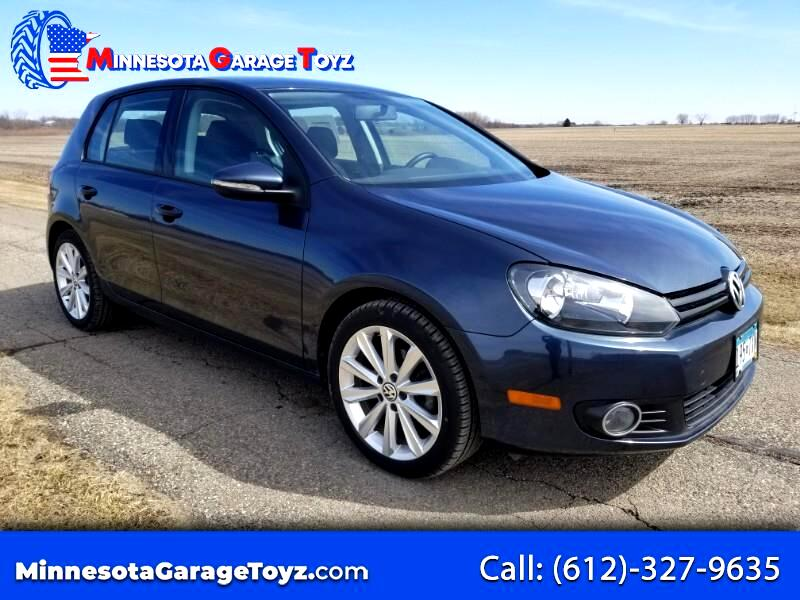 2013 Volkswagen Golf 2.0L TDI w/Tech Package 4 Door