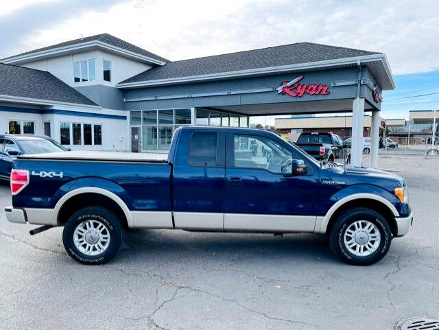"Ford F-150 4WD SuperCab 145"" Lariat 2010"