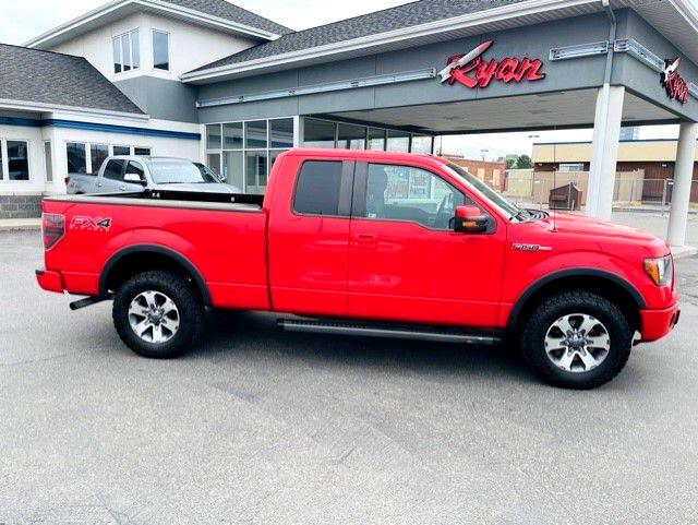 "Ford F-150 4WD SuperCab 145"" FX4 2012"