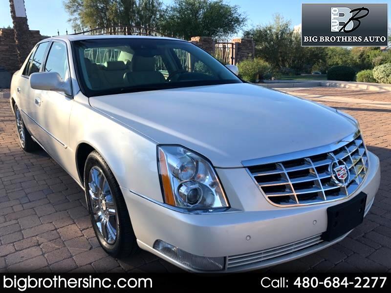 2011 Cadillac DTS Platinum w/ Navi