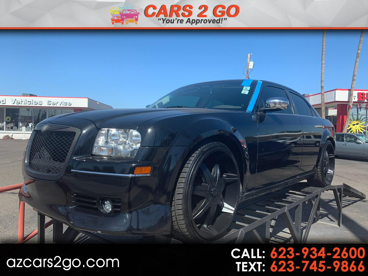 Chrysler 300 4dr Sdn Touring RWD Fleet 2010