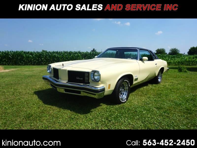 Oldsmobile Cutlass  1975