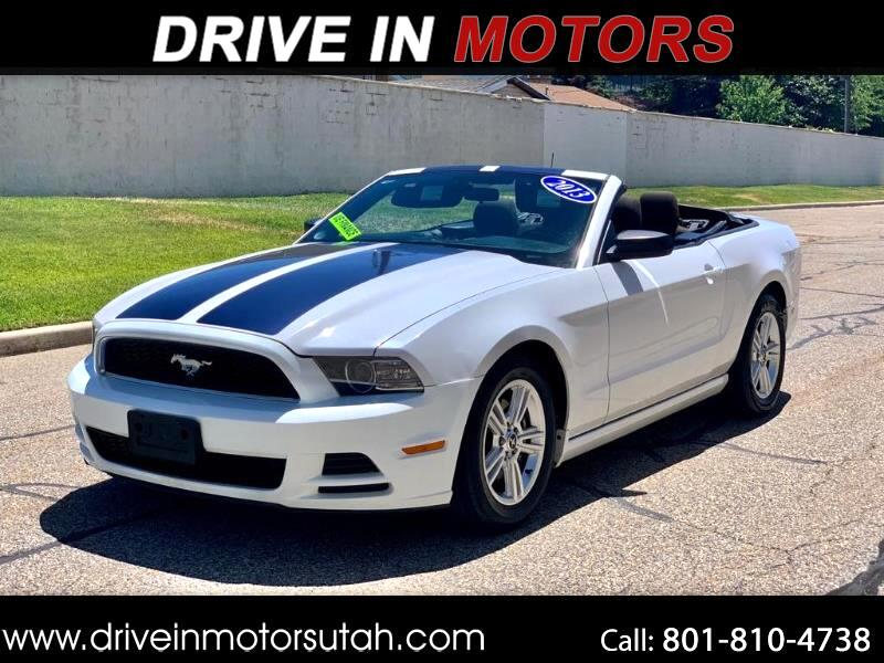 Ford Mustang V6 Convertible 2014
