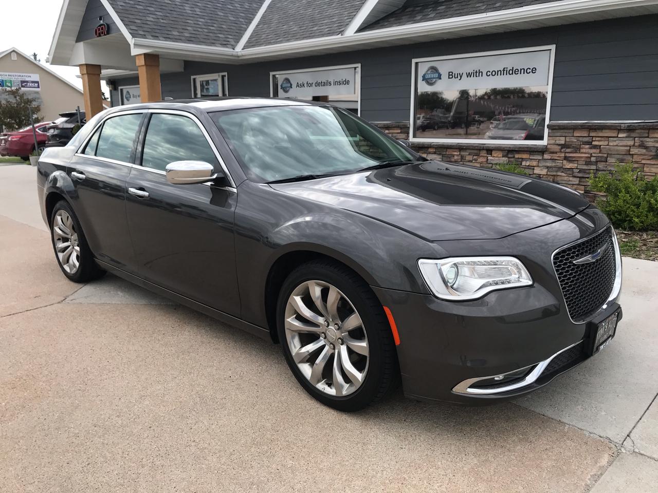 Chrysler 300 Limited RWD 2019