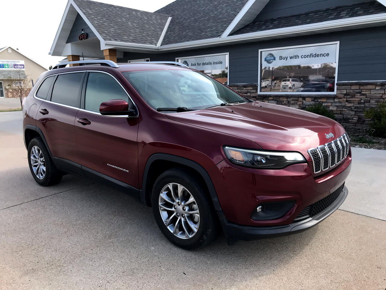 Jeep Cherokee Latitude Plus FWD 2019