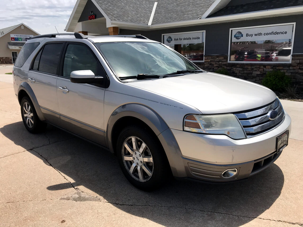 Ford Taurus X 4dr Wgn SEL FWD 2008