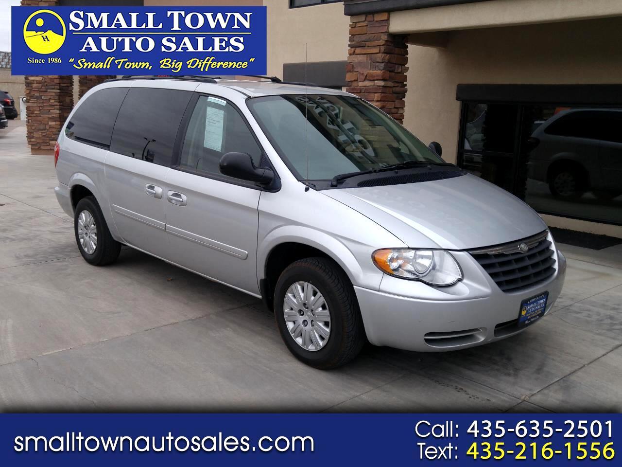 2006 Chrysler Town & Country LWB 4dr LX