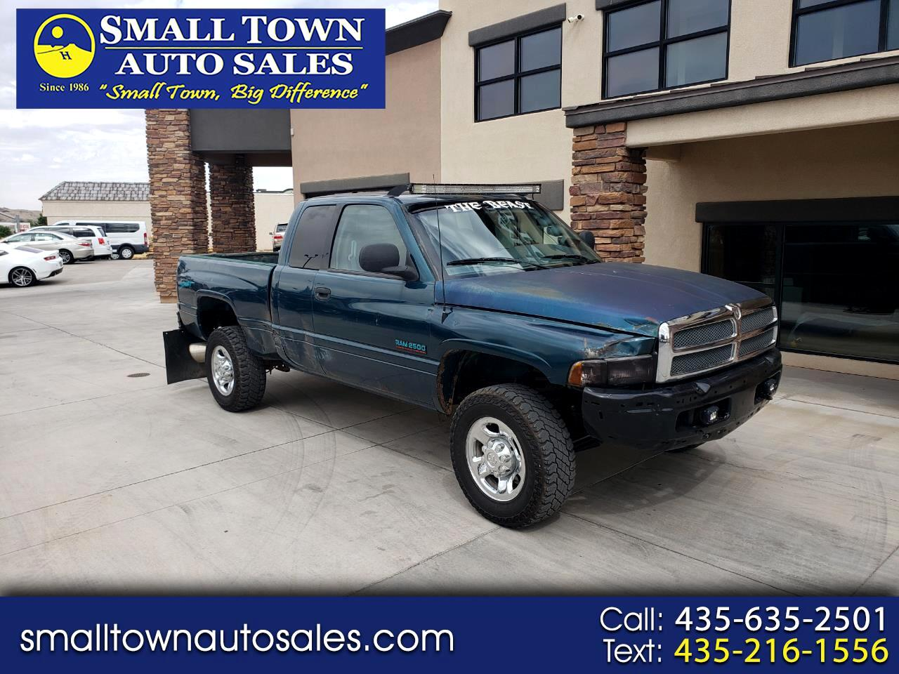 Dodge Ram 2500 Quad Cab 6.5-ft. Bed 4WD 1998
