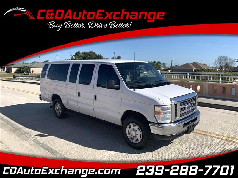 Ford Econoline E-350 XLT Super Duty Extended 2011