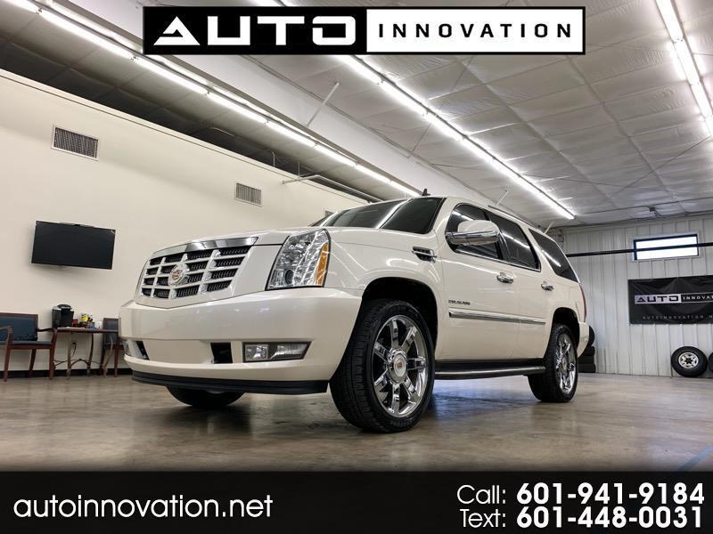 2013 Cadillac Escalade Premium 2WD