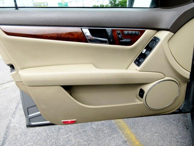 2011 Mercedes-Benz C-Class C300 Luxury Sedan