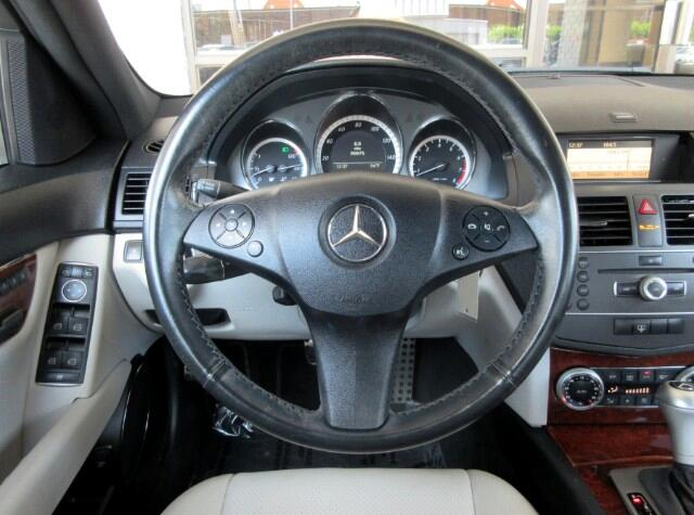 2011 Mercedes-Benz C-Class C300 Luxury Sedan