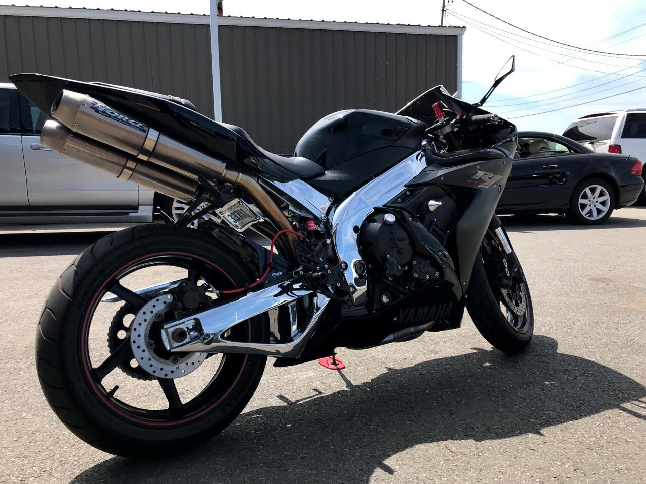 Yamaha YZF-R1C  2004