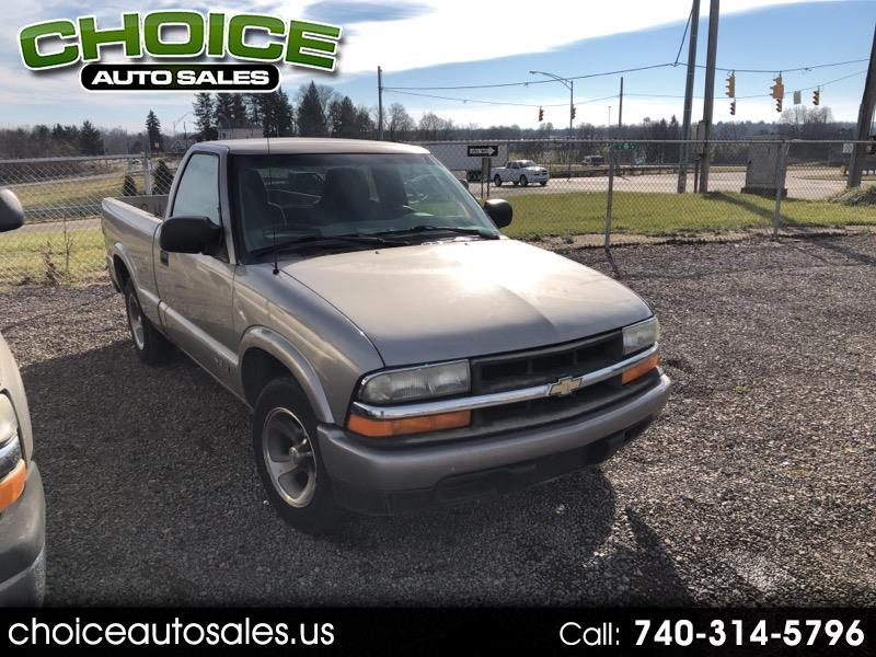 2002 Chevrolet S10 Pickup LS 2WD
