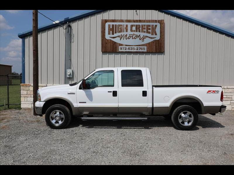 2005 Ford F-250 SD Lariat Crew Cab Short Bed 4WD