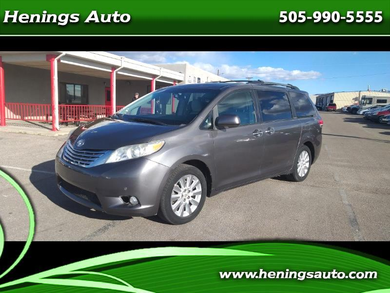 Toyota Sienna Limited AWD 7-Pass V6 2011