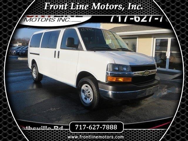 "2010 Chevrolet Express Passenger RWD 2500 135"" LT"