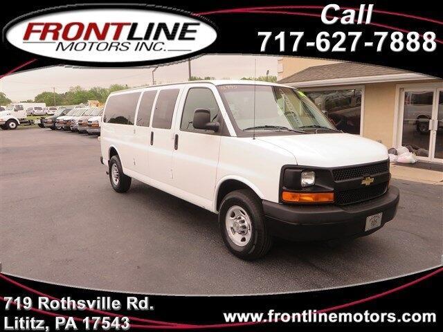 "2010 Chevrolet Express Passenger RWD 3500 155"" LS"