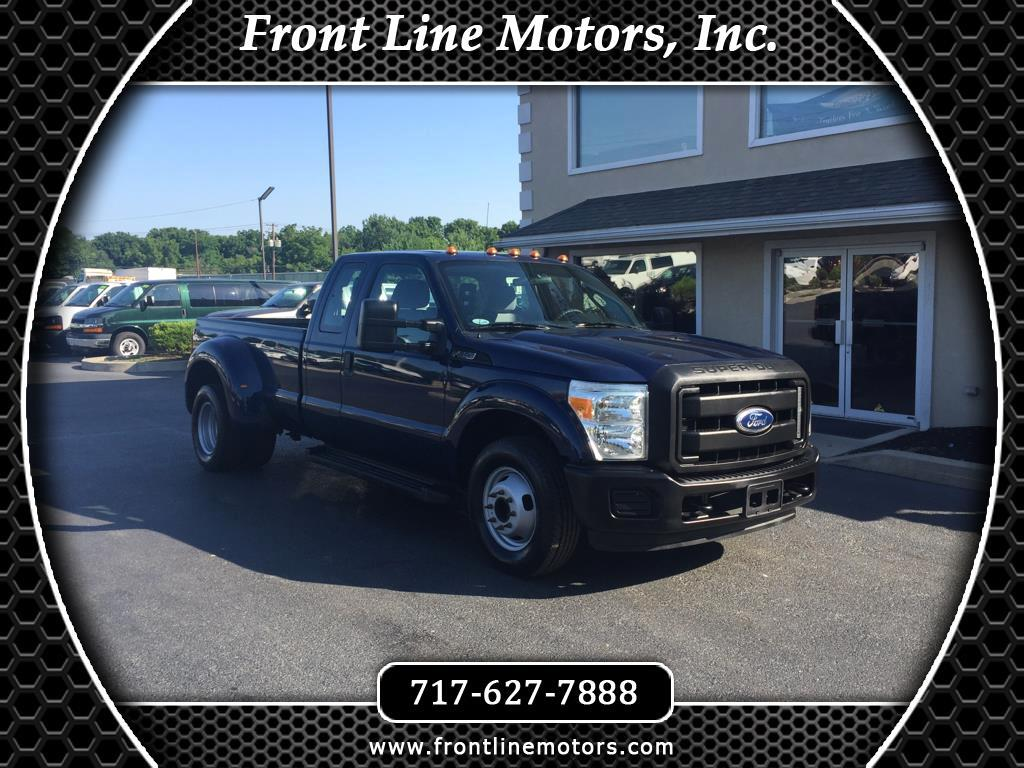 2011 Ford Super Duty F-350 DRW 2WD SuperCab 158
