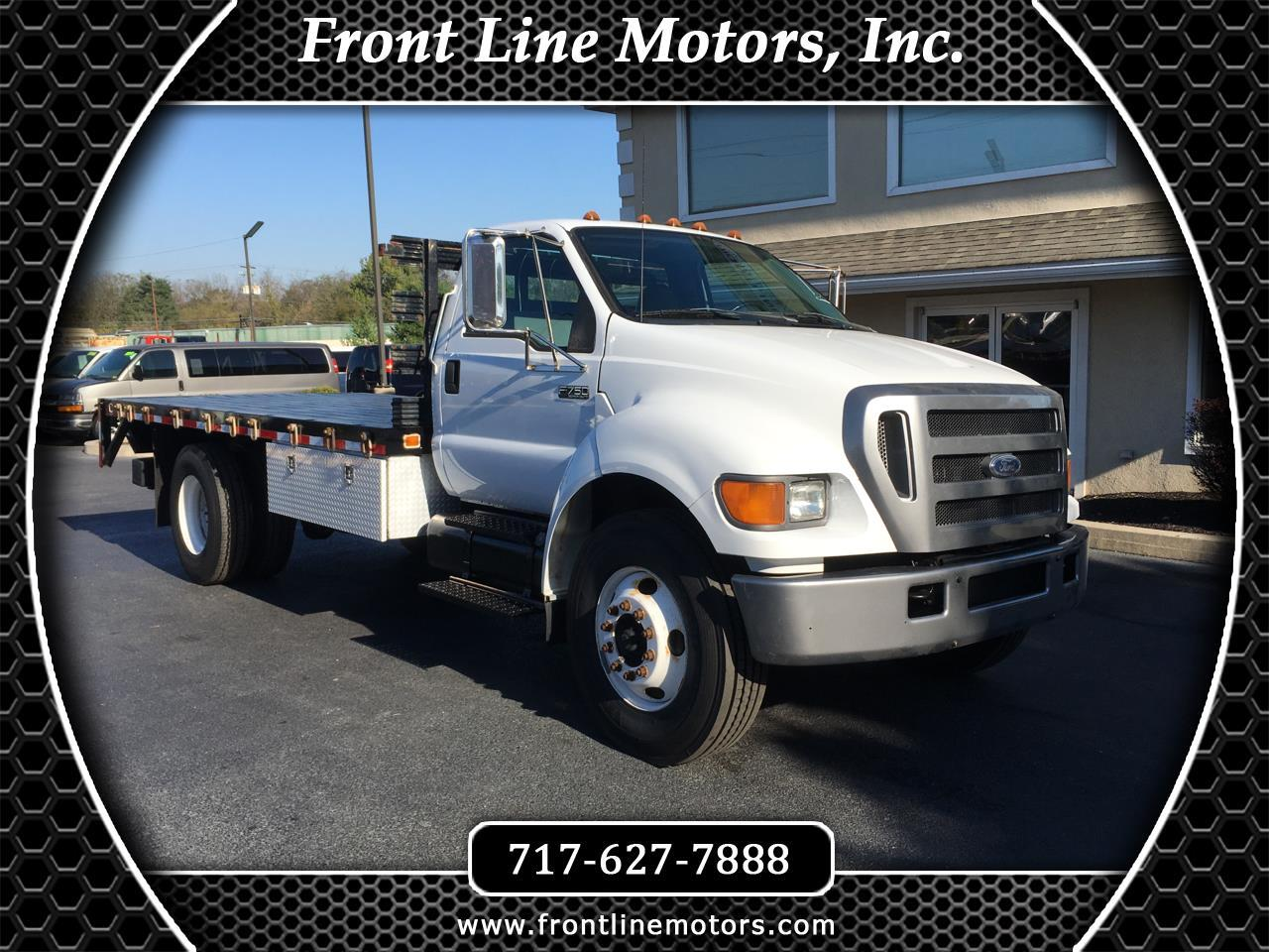 2006 Ford Super Duty F-750 Straight Frame Reg Cab XL