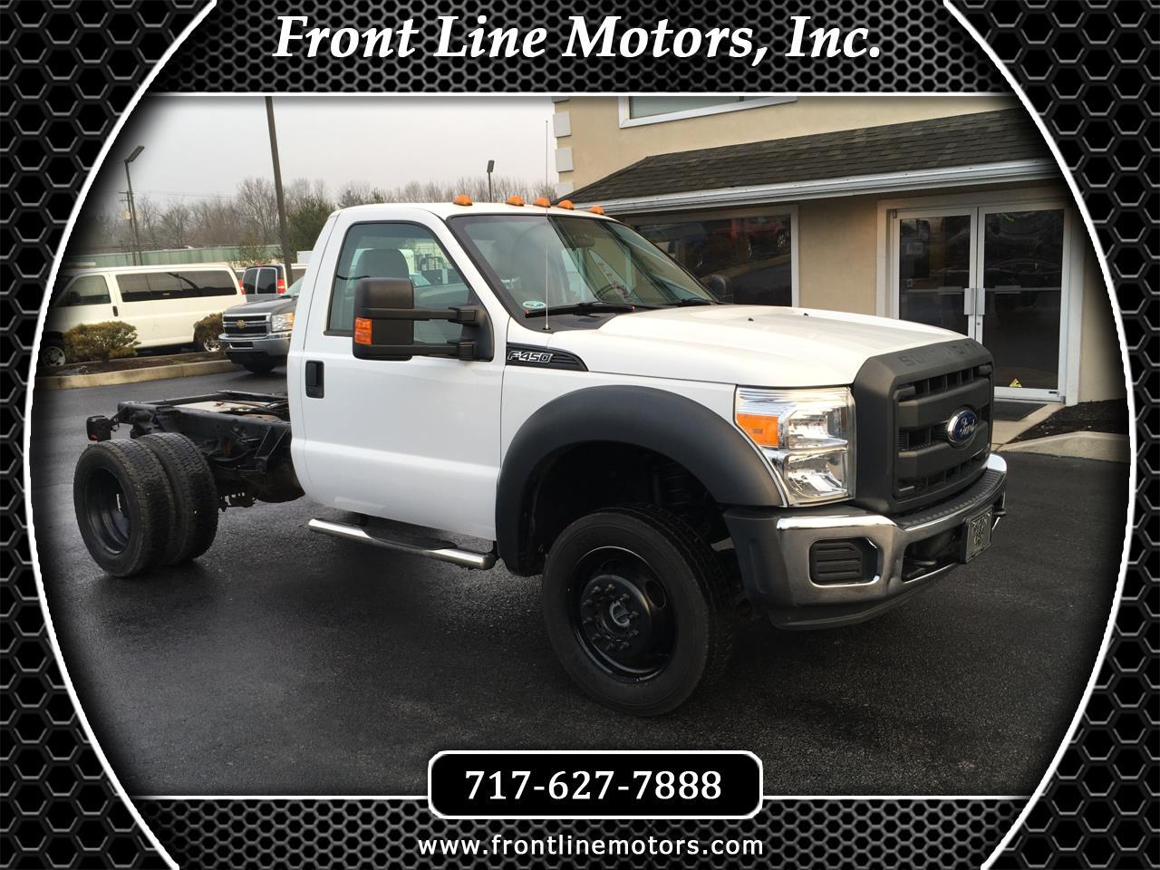 "2015 Ford Super Duty F-450 DRW 4WD Reg Cab 141"" WB 60"" CA XL"