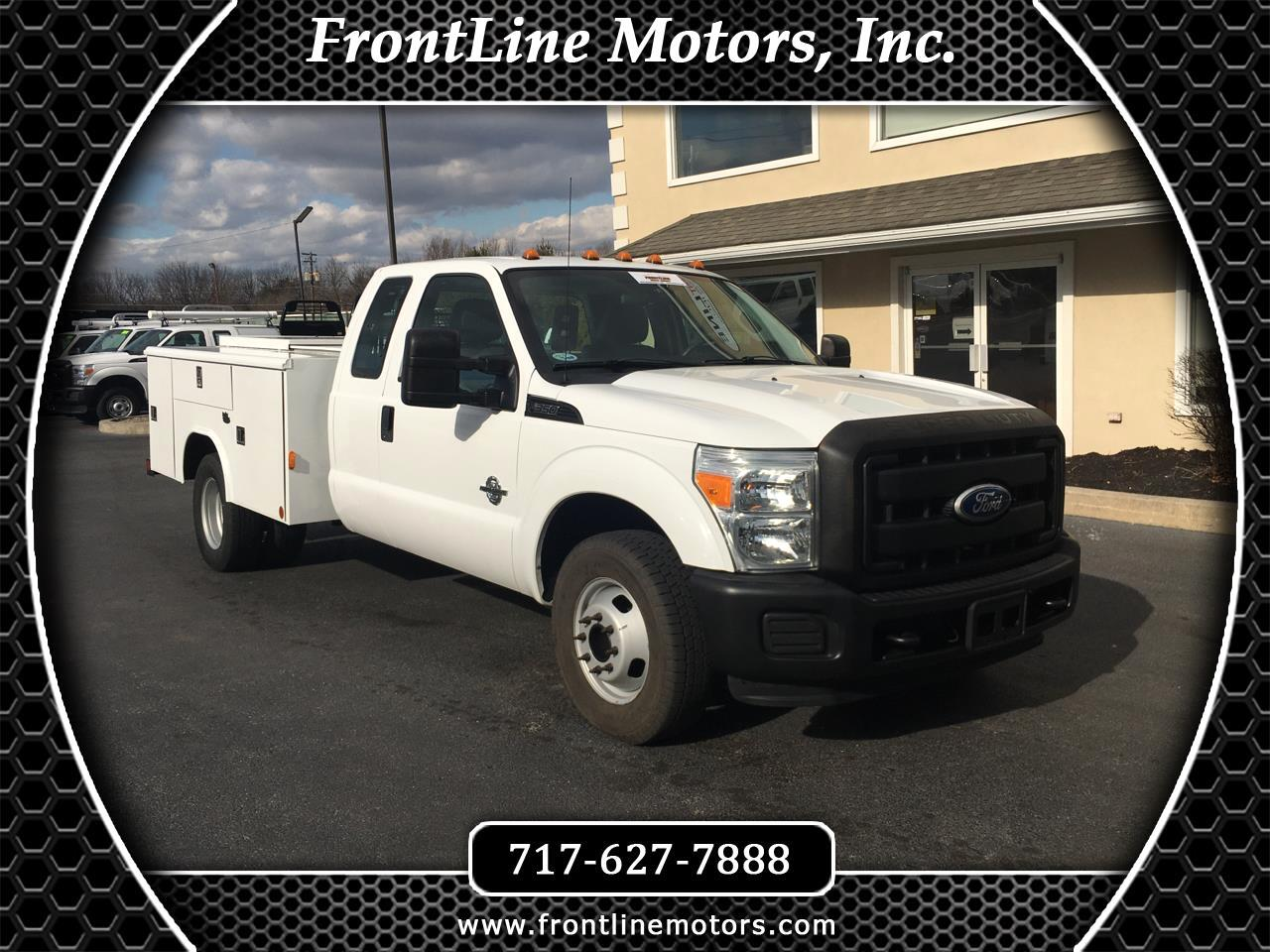 "Ford Super Duty F-350 DRW 2WD SuperCab 162"" WB 60"" CA XL 2011"