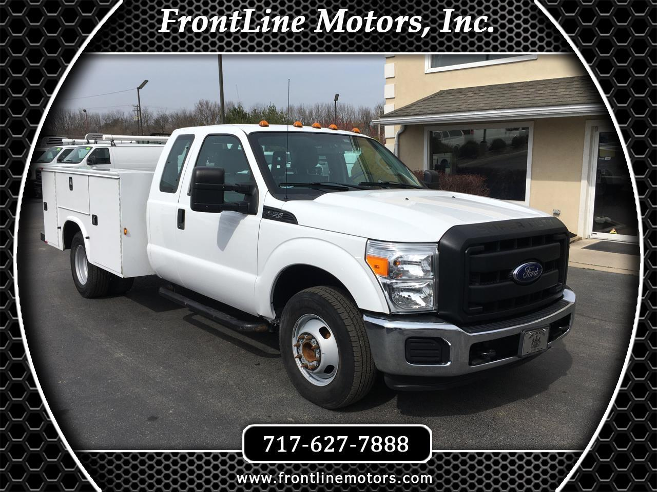 "Ford Super Duty F-350 DRW 2WD SuperCab 162"" WB 60"" CA XL 2016"