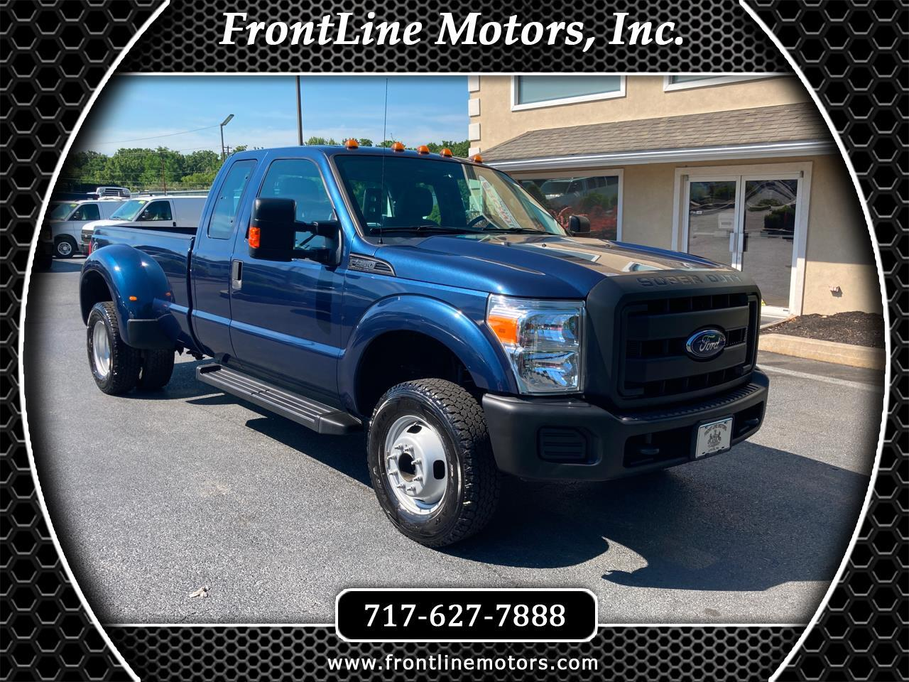 "Ford Super Duty F-350 DRW 4WD SuperCab 158"" XL 2015"