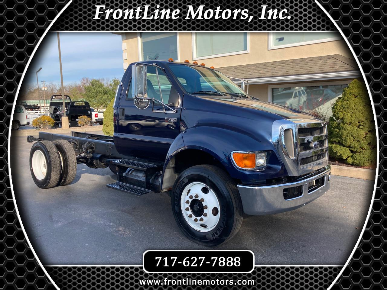 Ford Super Duty F-750 Straight Frame Reg Cab XLT 2010