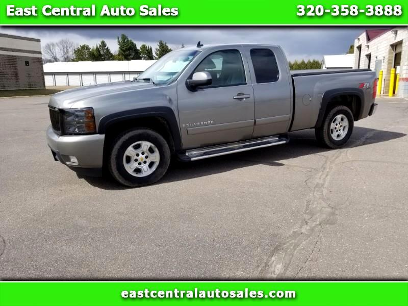 2008 Chevrolet Silverado 1500 LTZ Ext. Cab Short Box 4WD