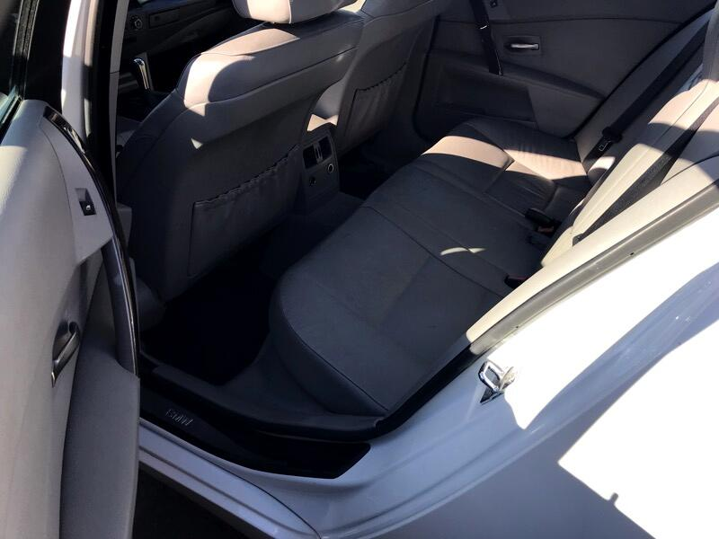 BMW 5-Series 525i 2004