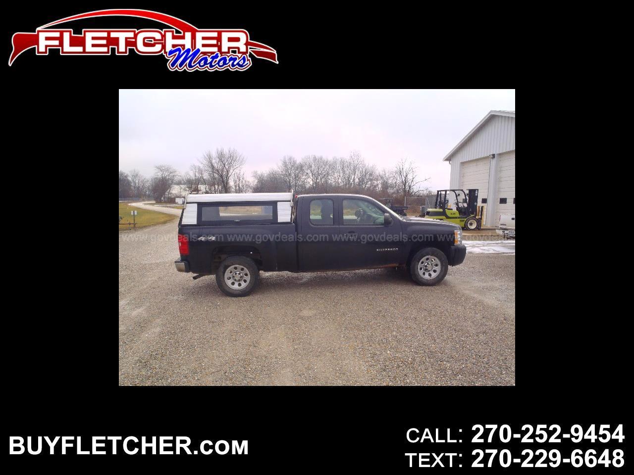 """Chevrolet Silverado 1500 4WD Ext Cab 143.5"""" Work Truck 2011"""