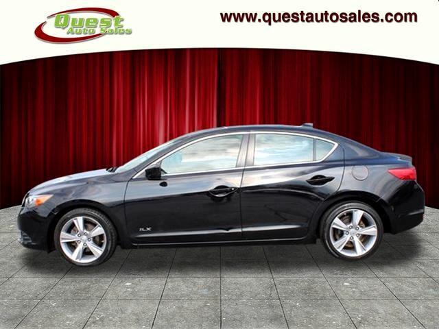 Acura ILX 4dr Sdn 2.0L Tech Pkg 2013