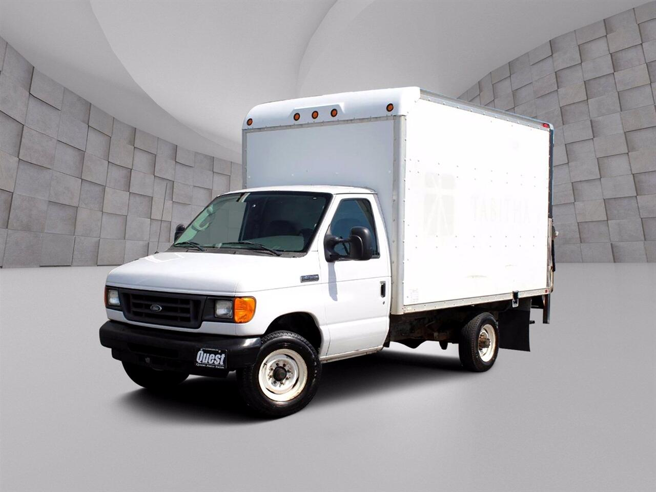 Ford Econoline E-350 Super Duty 2006