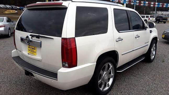 2007 Cadillac Escalade 2WD 4dr
