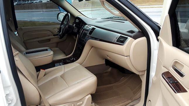 2012 Cadillac Escalade 2WD 4dr Luxury