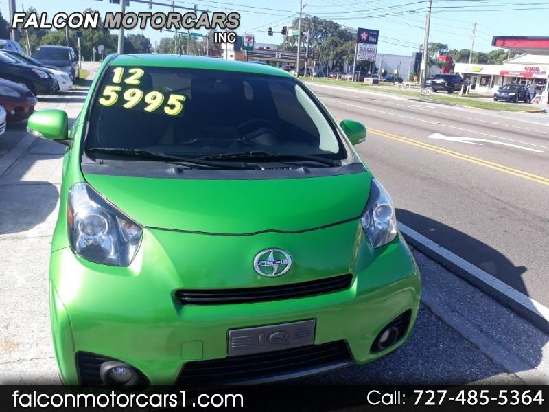 Scion iQ 3-Door Hatchback AT 2012