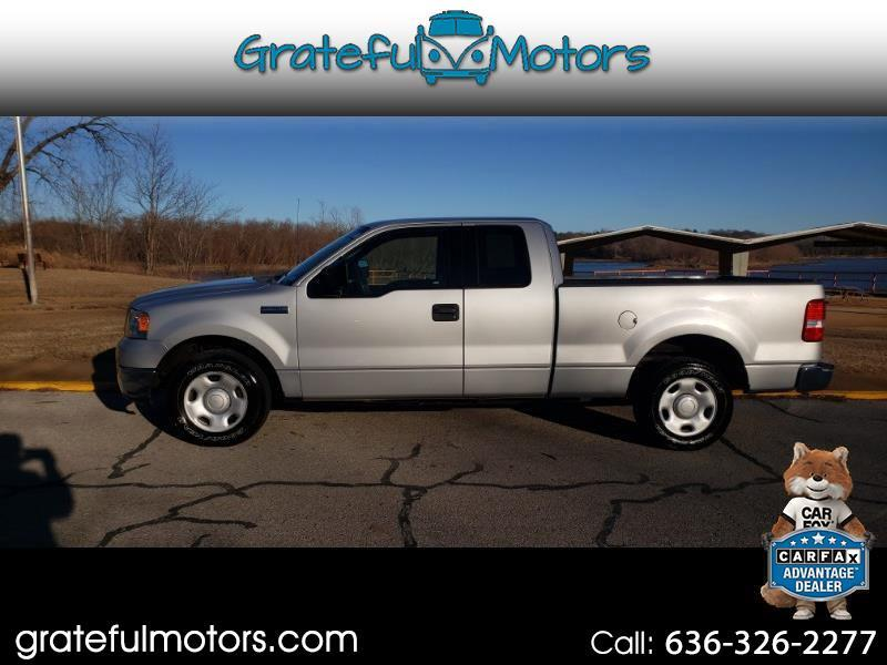 "Ford F-150 2WD SuperCab 145"" XL 2004"