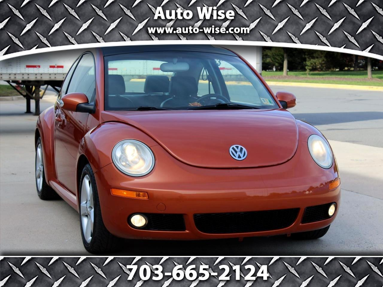 2010 Volkswagen New Beetle Coupe 2dr Red Rock Edition