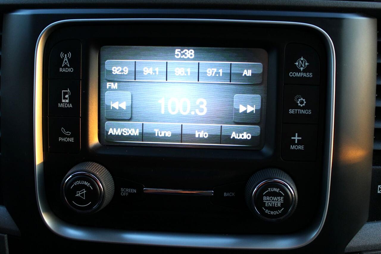 2014 RAM 1500 2WD Reg Cab 120.5